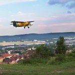 Már félmilliós bírság is kapható parlagfűért, légi úton is keresik a káros növényt a szakemberek