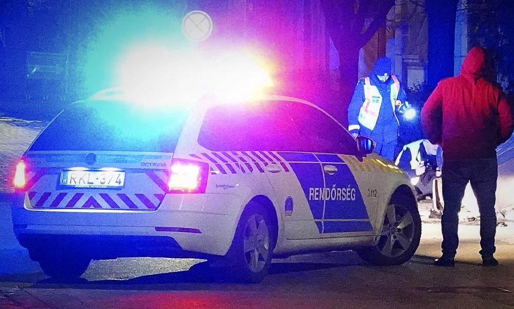 Lövöldözés Mosonmagyaróváron, közben vascsővel, gumibottal verték egymást