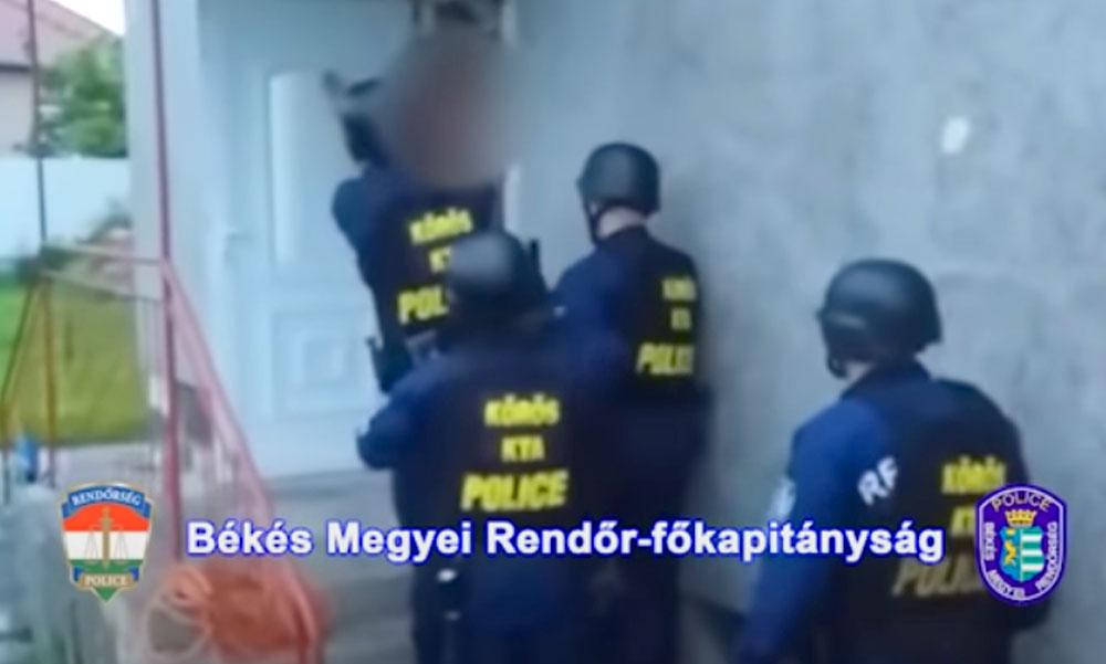 Kommandósok lepték meg a vidéki ház lakóit