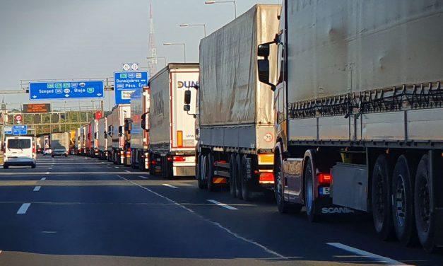 Több mint 2 éven keresztül pihenő kamionsofőröket fosztogatott egy pár