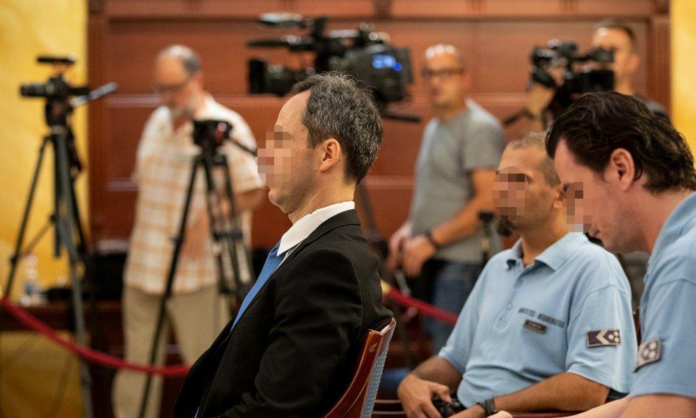 Hamis tanúzás miatt pénzbüntetésre ítélték a lúgos orvos titkárnőjét