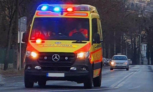 Áthajtott egy buszvezető egy leszálló utason: a 80 éves asszony meghalt