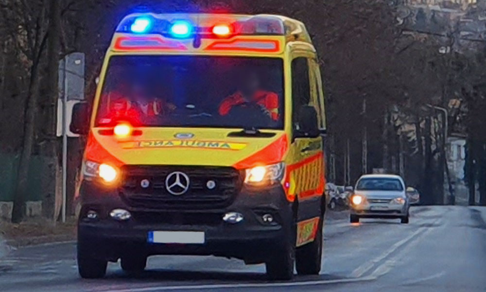 Egy 78 éves férfi holttestét találták meg Budapesten, a mentők már nem tudtak segíteni rajta