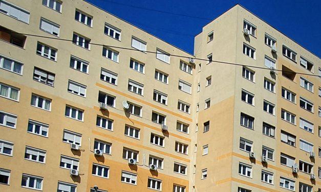 A kórházból válaszolt az aggódó üzentekre a tízemeletesről leugró férfi