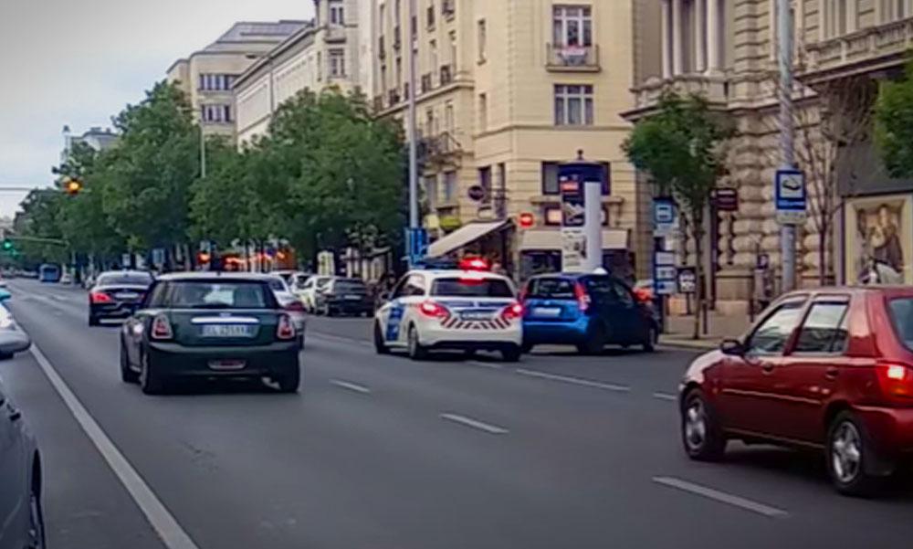Kitüntették a hős pizzafutárt, aki megállította a rendőrök elől menekülő férfit