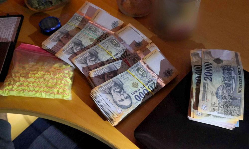 Lefoglalták a magyar drogkereskedők luxusautóit, pénzét. Jelentős fogásuk volt a rendőröknek