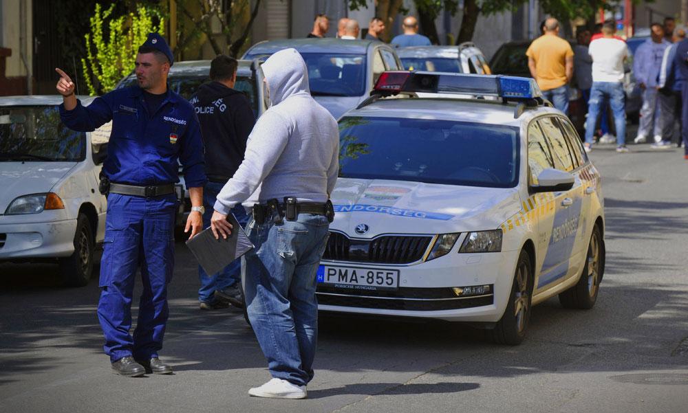 Lövöldözés Budapesten az utcán, két sérültet kórházba vittek
