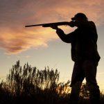 Meglőtte a 14 éves fiút a rendőr egy vadászaton, a kiskorú súlyosan megsérült