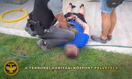 Kommandósok csaptak le a drogkereskedőkre, sok pénz, kábítószer  és egy ültetvény került elő