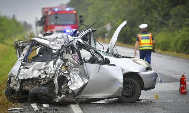 Halálos baleset, két ember vesztette életét a 35-ös főúton, Polgár külterületén
