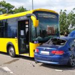 Odavágott a sport BMW-nek a Volánbusz és a teherautó