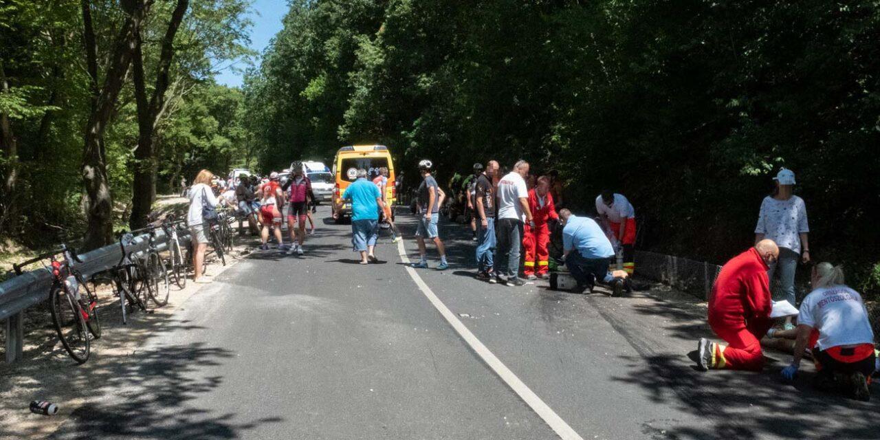 """""""Én még ennyi vérző embert nem láttam"""" – Megszólalt az egyik sérült a tegnapi brutális biciklibaleset részleteiről"""