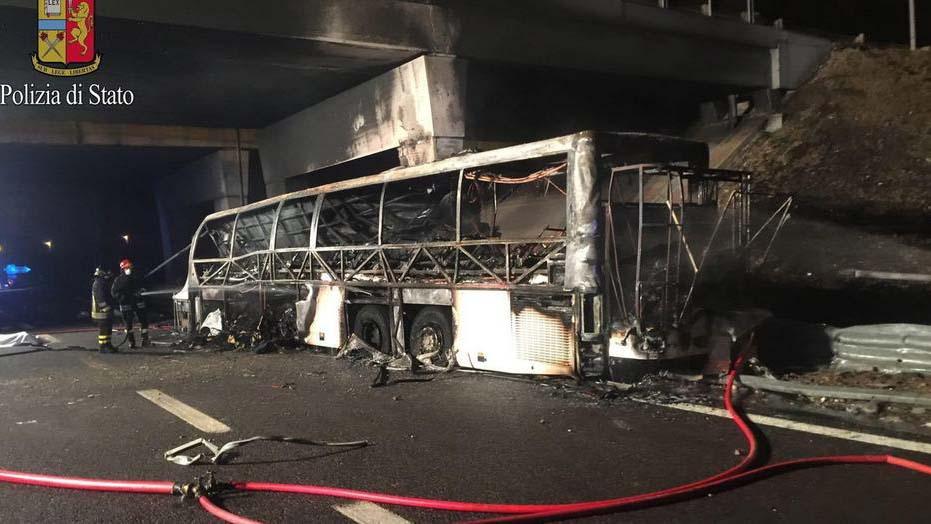 A rendőrség lezárta a nyomozást, hihetetlenül hangzik, de nincs felelőse a több emberéletet is követelő veronai buszbalesetnek