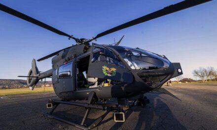 A mentőhelikopter szele miatt eshetett le a fáról a siklóernyős