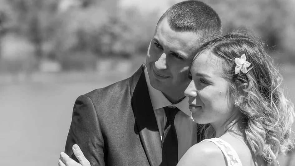 Esküvője közben segített egy balesetnél a hős tűzoltó
