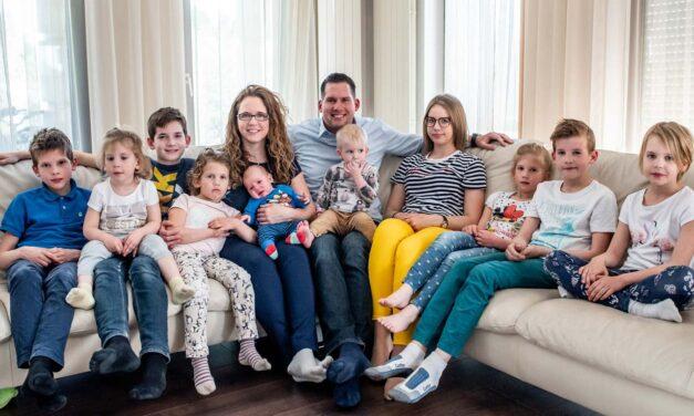 """""""Köszönjük azoknak, akik most is támogatva, bíztatva mellettünk állnak!"""" – elköszönt a Facebookon a börtönben lévő 11 gyermekes édesapa felesége"""