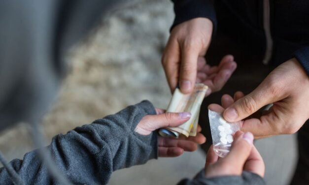 A borsodi rendőrök ismét elfogtak egy terjesztőt, aki új pszichoaktív anyaggal kereskedett