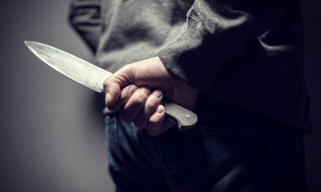 Tapétavágó késsel fenyegetőzött ez a férfi Füzesabonyban