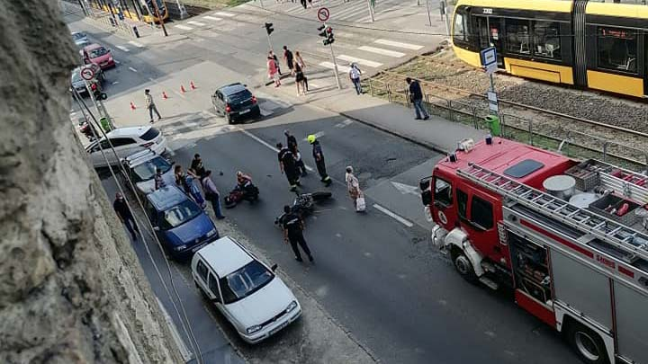 Motoros baleset történt Budapesten