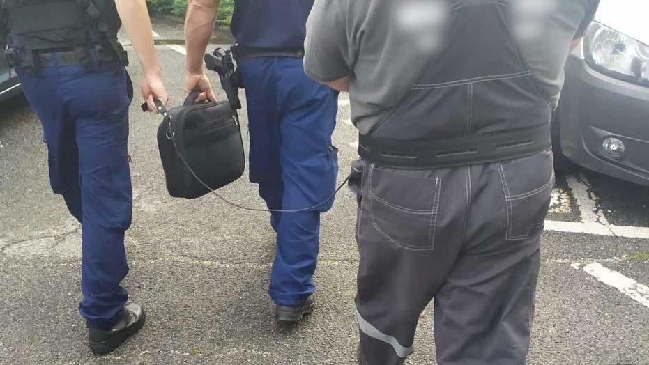 11 embert tartóztattak le a Mozaik utcai vesztegetés ügyében