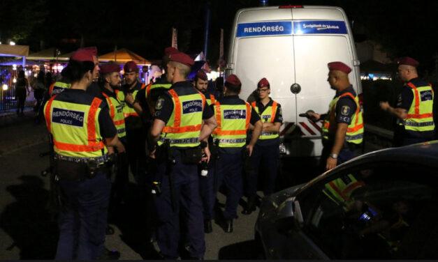 Óriási razzia Siófokon, ellepték a rendőrök a Petőfi sétányt