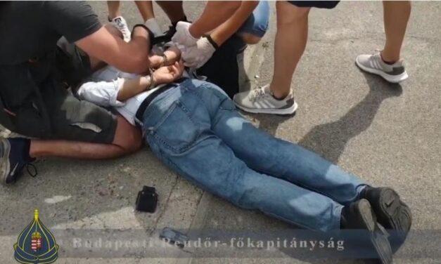 Rekordösszeget, 20 millió forintot csaltak ki egy idős asszonytól – így ütöttek rajta az elkövetőn a budapesti rendőrök