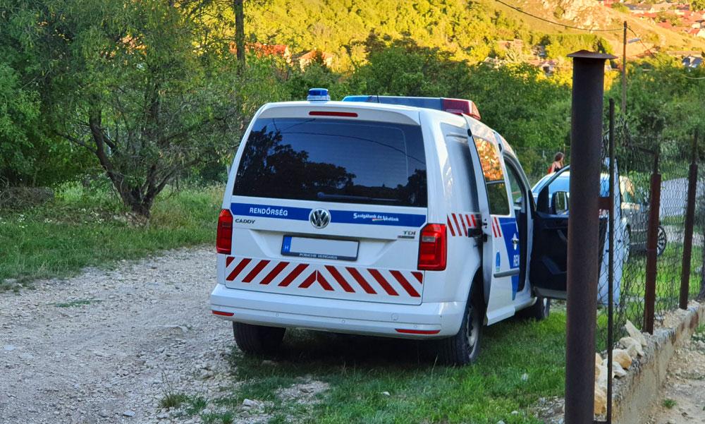 Ütötte a rendőrautót az a férfi, akit egy nap alatt kétszer tartóztattak le a Jászságban