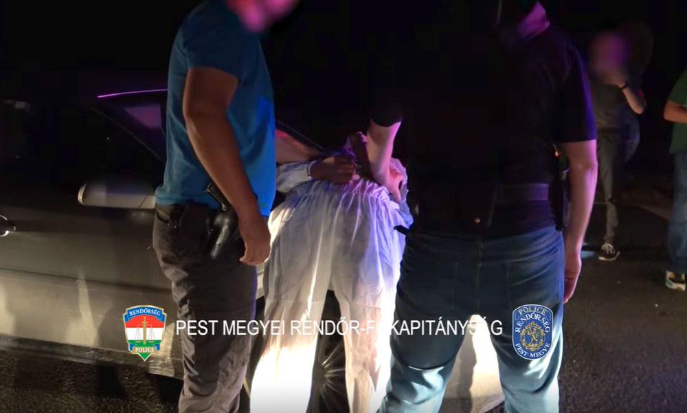 Készpénzt szórt ki a bűnbanda az úttestre: így próbálták elterelni a sértett figyelmét, közben elmenekültek a helyszínről