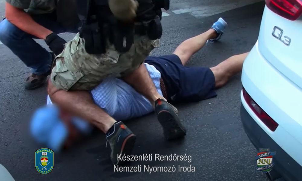 Szép ing, menő rövidnadrág, a rendőrség fejvadászai mégis betonra nyomták a soroksári bankrablót