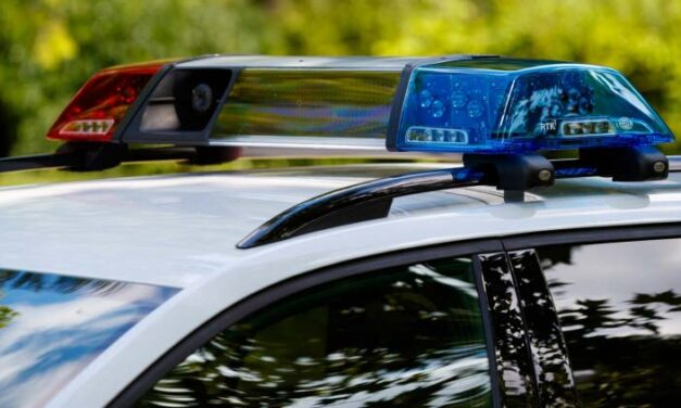 A megénekelt 67-es úton hajtott az árokba egy részeg sofőr, aki el volt tiltva a vezetéstől