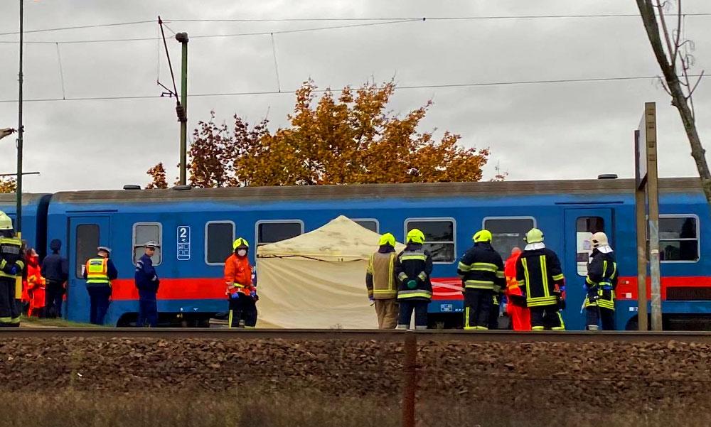 Halálos vonatgázolás Dunakeszinél, leállt a forgalom a váci vonalon