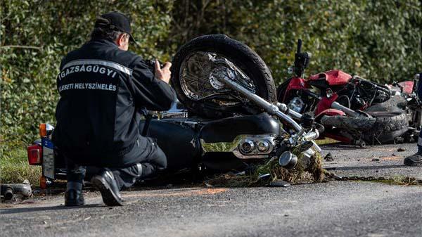 Fekete péntek: motorbalesetben meghalt egy házaspár és egy 49 éves férfi, egy nap alatt 5 motoros ütközött