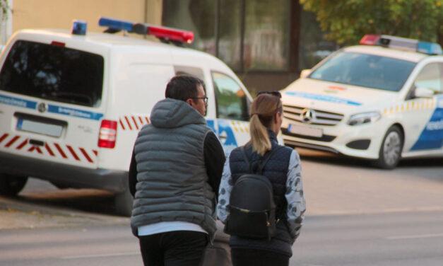 Tetten érték a betörőket a házban, már pakolták a szajrét amikor meglepték őket a rendőrök