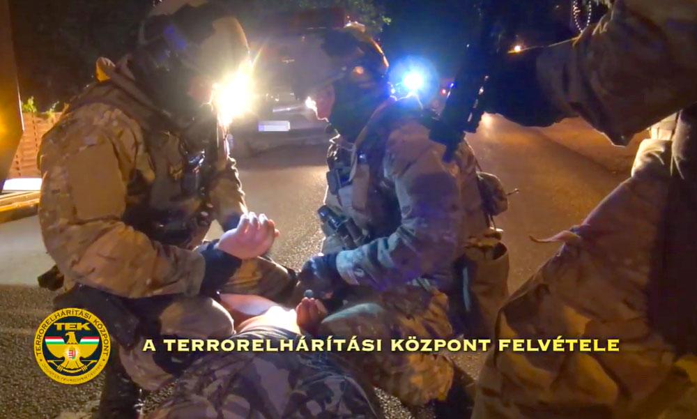 Páncélszekrényekre szakosodott rablóbandát fogtak el a rendőrök, egyszerre hét helyszínen volt rajtaütés