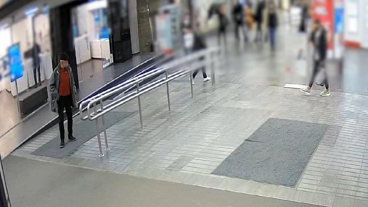 Boxerrel ütötte áldozatát a megvadult férfi Westendnél – videó