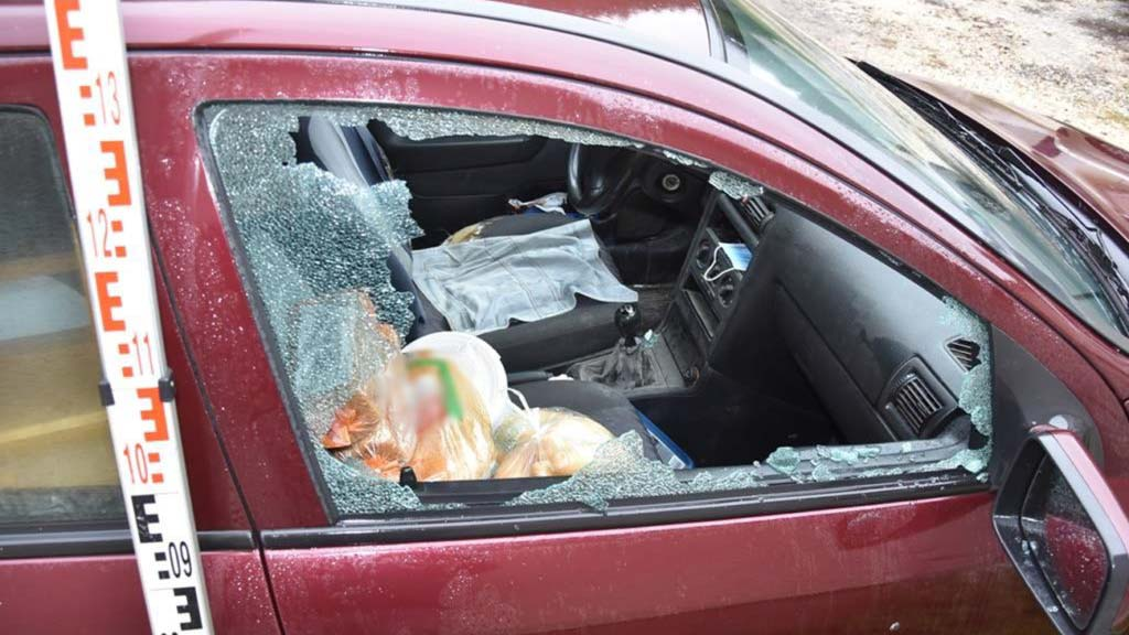 7 autót tört fel 3 hónap alatt: annyira aktív volt a tolvaj, hogy egyik alkalommel egyszerre 4 autót is kifosztott