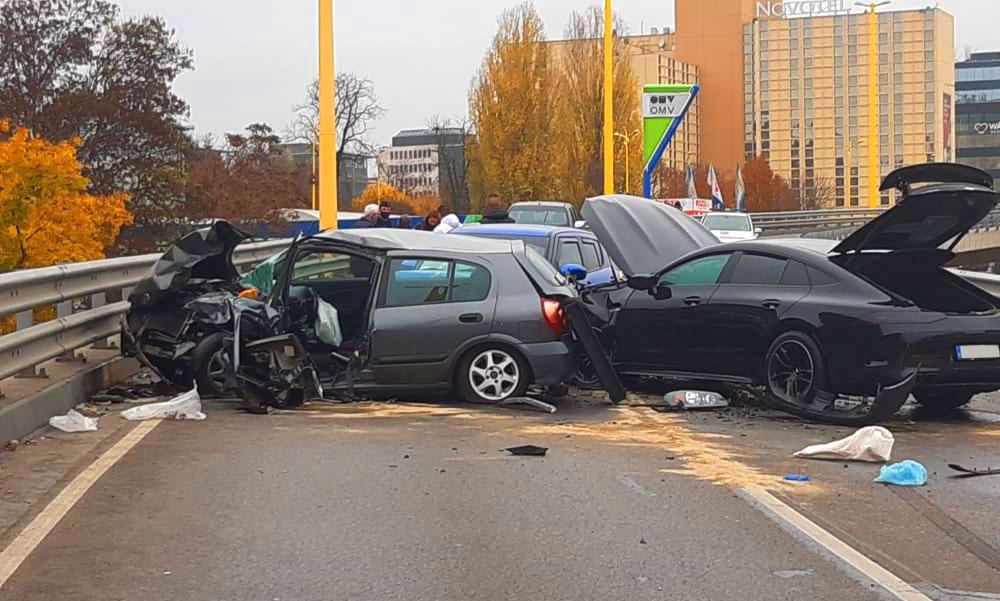 """""""Kimerevedett a sofőr arca az ütközéskor, amikor belém csapódott"""" – mondta a BAH-csomópontnál balesetet szenvedett autós"""