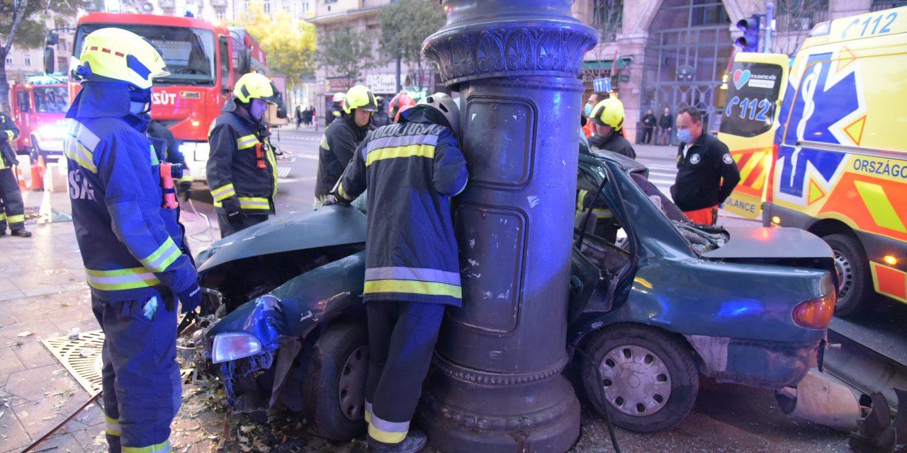 Koronavírus miatt nem engedik ki a börtönből a temetésére azt az édesanyját, akinek 17 éves fia szönyethalt egy balesetben Budapesten