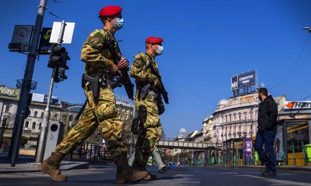 A honvédelmi miniszter elmondta, mi a katonák számára az idei elsődleges feladat