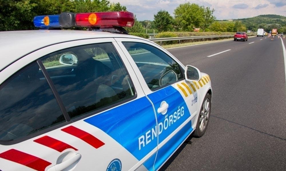Időben léptek közbe a rendőrök: ittas, forgalommal szemben közlekedő férfit kapcsoltak le az M35-ösön