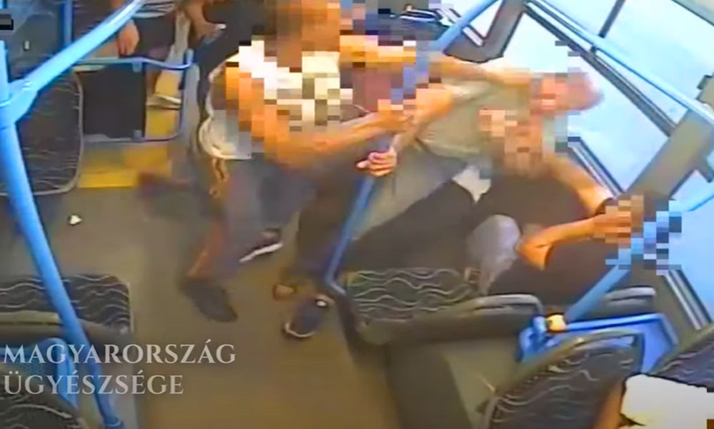 Leköpték és megverték az utast a buszon mert szóvá tette a tolakodást