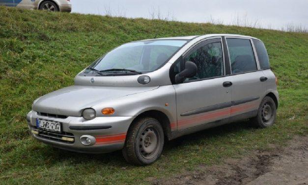 Mások autóival akart kocsikázni egy 15 éves fiú: a sorozattolvajt lekapcsolták a rendőrök