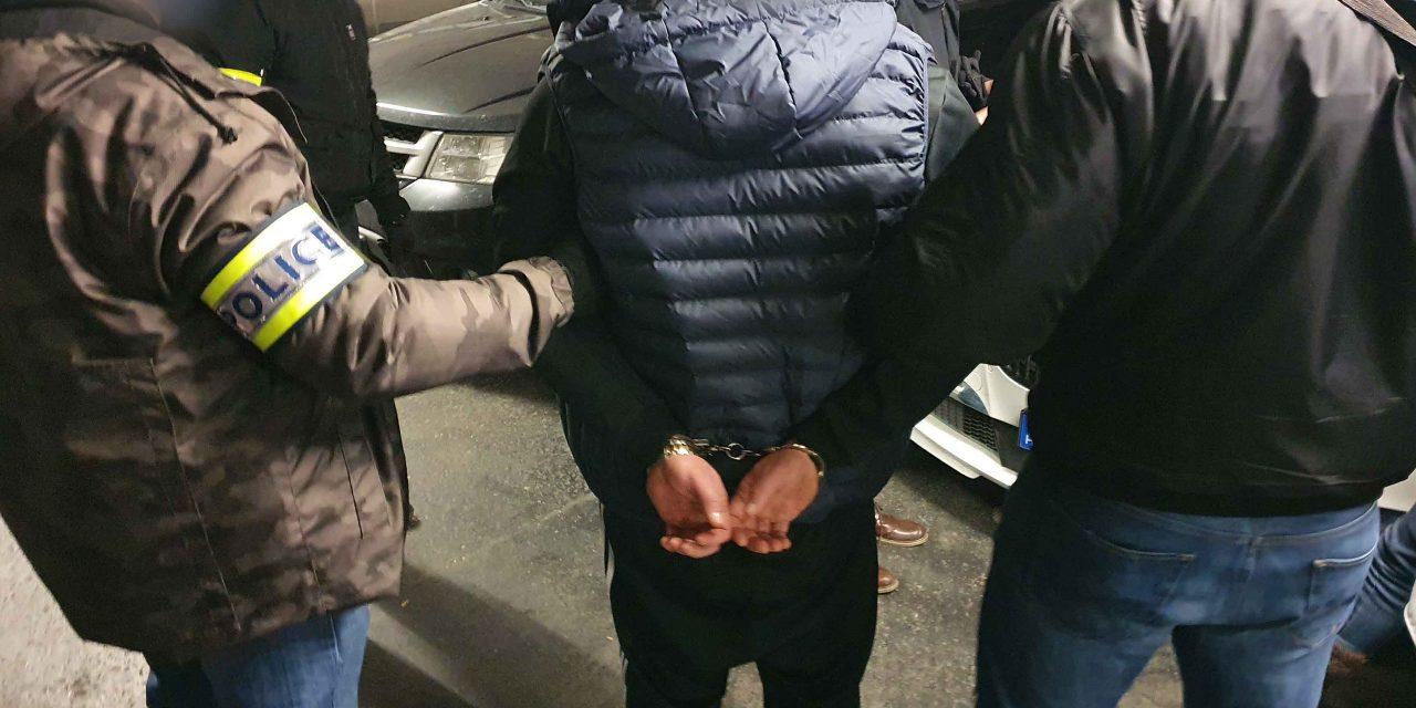 """""""Droglabort"""" számoltak fel a fővárosi és a miskolci nyomozók – őrizetben a két díler – videó"""