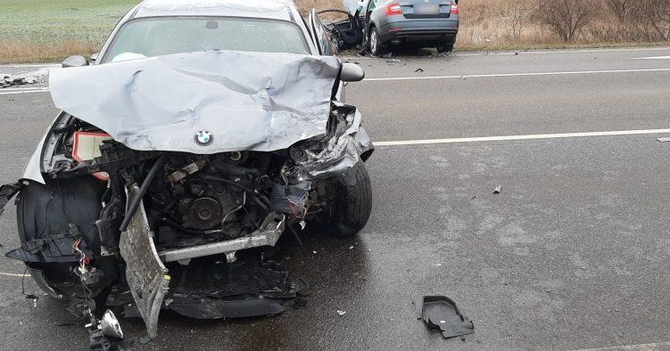 A középkorú, szürke autóval közlekedő férfiak okozzák a legtöbb balesetet az utakon, a borsodi és a Pest megyei sofőrök vezetnek a leggyorsabban