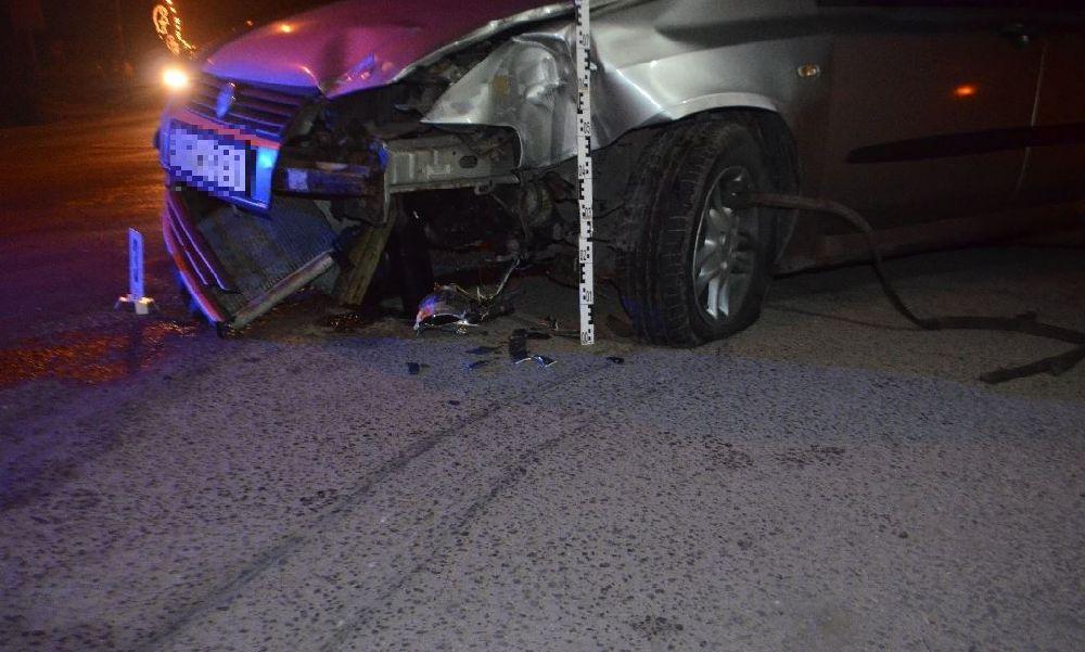 Brutális baleset: ittas, érvényes jogsival nem rendelkező férfi rontott neki egy fénysorompónak a fóti vasúti-átkelőhelynél