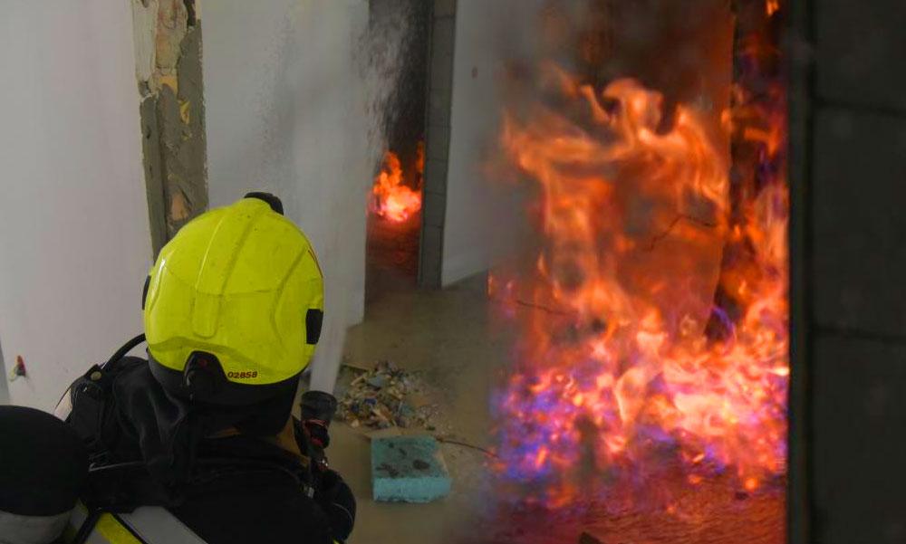 Fáklyaként égett egy gázvezeték a pesti lakásban, ilyen csak a rémálmaidban fordul elő