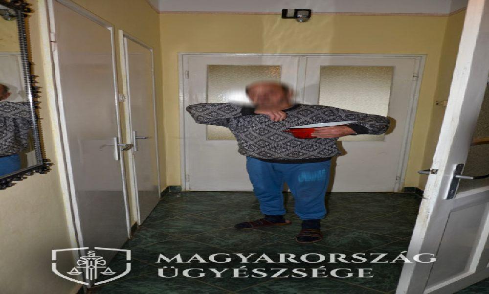 Magára hagyta meghalni: 82 éves férj lökte el magától feleségét
