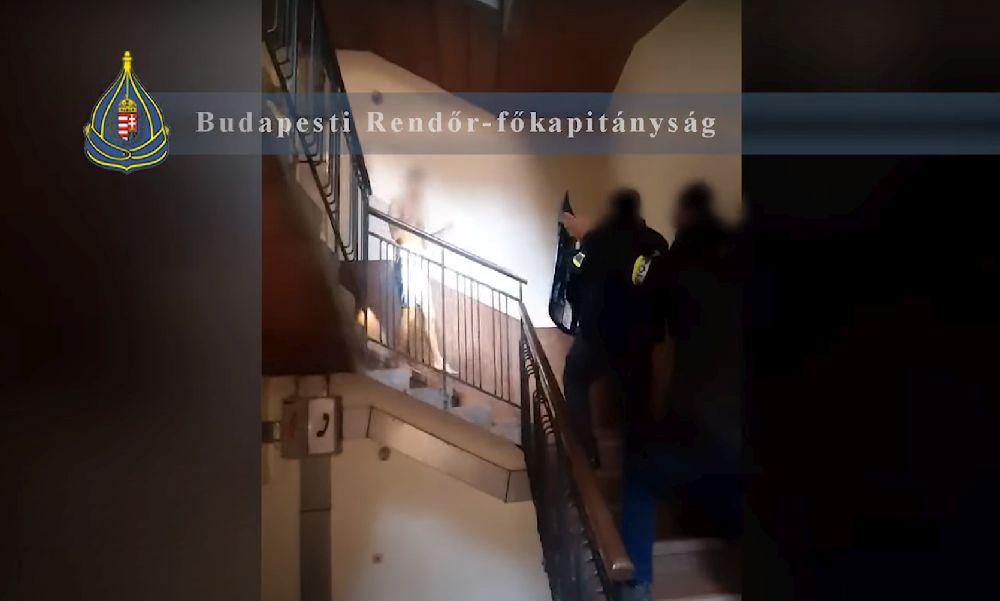 Unokázós csalópárost fogtak a rendőrök: az álrokonok több millió forintot csaltak ki az idősektől