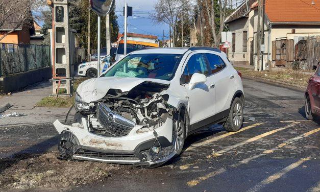 A soroksári halálsarkon manapság is törik az autókat