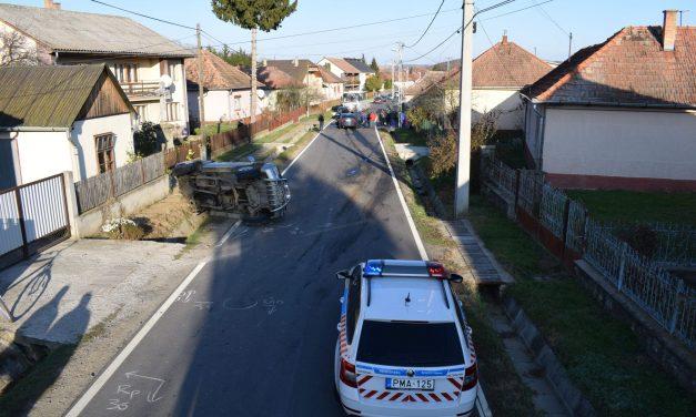 Vádat emeltek az ellen a két férfi ellen, akik öt ember sérülését okozták egy nógrádi balesetben
